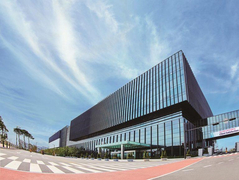 Samsung Biologics to add mRNA vaccine drug substance manufacturing suite